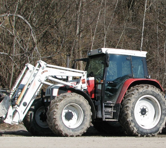 Steyr  9094, chargeur frontal Hydrac 2200
